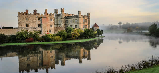 Canterbury, Dover and Leeds Castle Tour from London