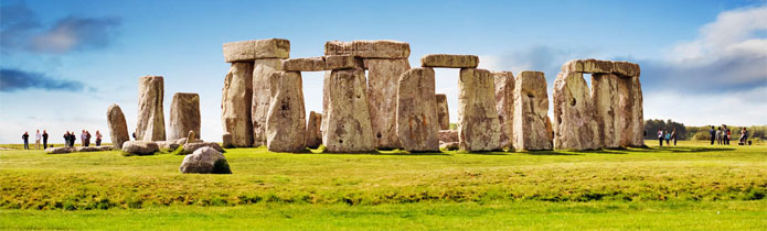 Stonehenge, Bath, Cotswolds and Oxford Tour